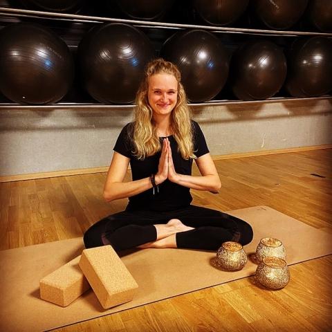 Neu: Yoga im November